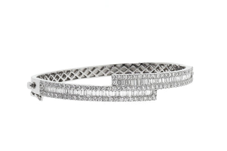 6.25ct 14k White Gold bangle with Round & Baguette Diamonds