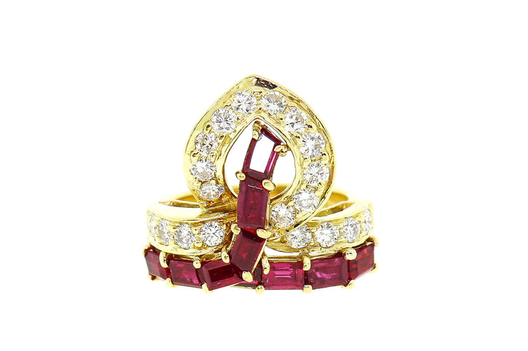 18k Yellow Gold ring with 2.50cts Rubies and .80cts Diamonds