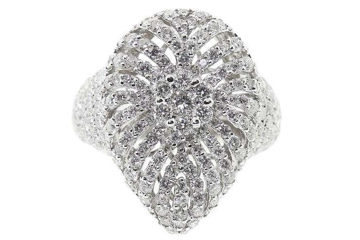 18k White Gold 3.00ct cluster design center,pear shaped cocktail ring