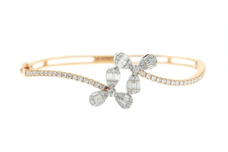 18k Gold, 1.98ct diamond Two tone Flower design bangle