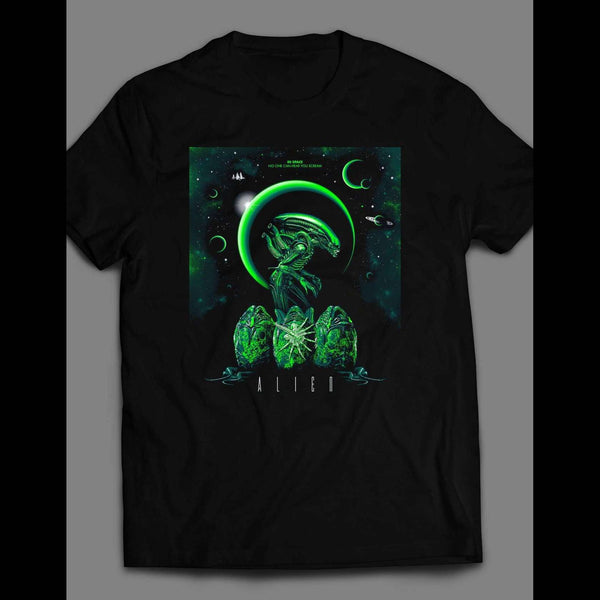 ALIENS MOVIE POSTER ART SHIRT - Old Skool Shirts