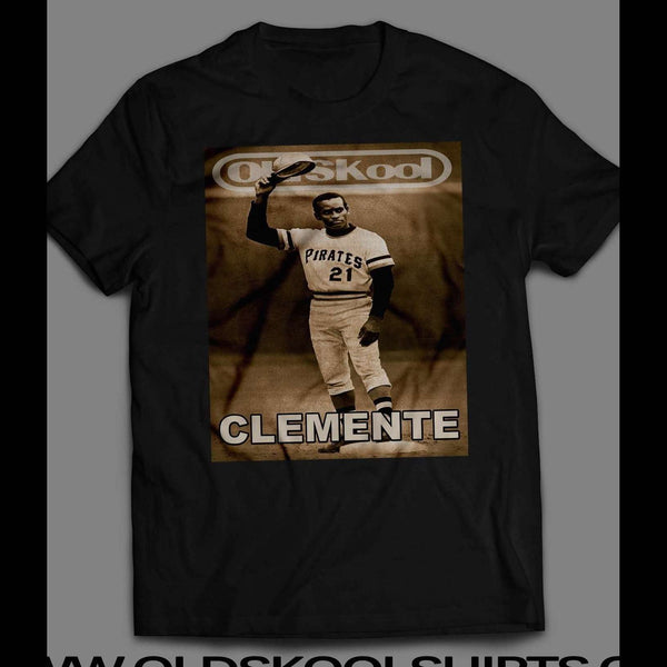ROBERTO CLEMENTE OLDSKOOL VINTAGE PHOTO SHIRT - Old Skool Shirts