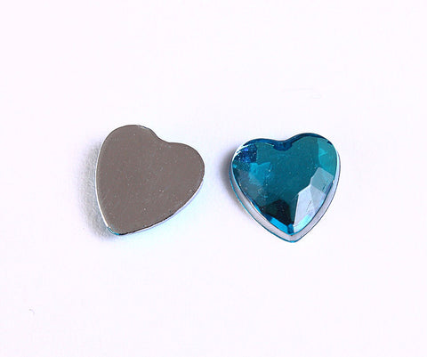 8mm blue faceted resin heart cabochon with Silver Foil - 10 pieces (965)