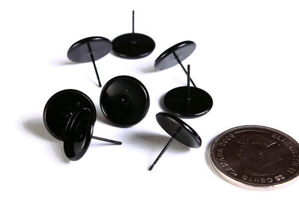 8 pieces (4 pairs) 12mm Black earstud - Spray painted black cabochon settings - fits 12mm cabochons (1643)