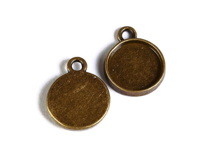 10mm Antique brass tray Pendant - 10mm Antique brass cabochon settings - Antique brass findings - 6 pieces (1692)