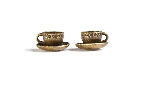 Antique brass tea cup charm - Tea cup pendant - Coffee cup charms - Mug charms - 3D charms - 14mm x 8mm - 4 pieces (1890)