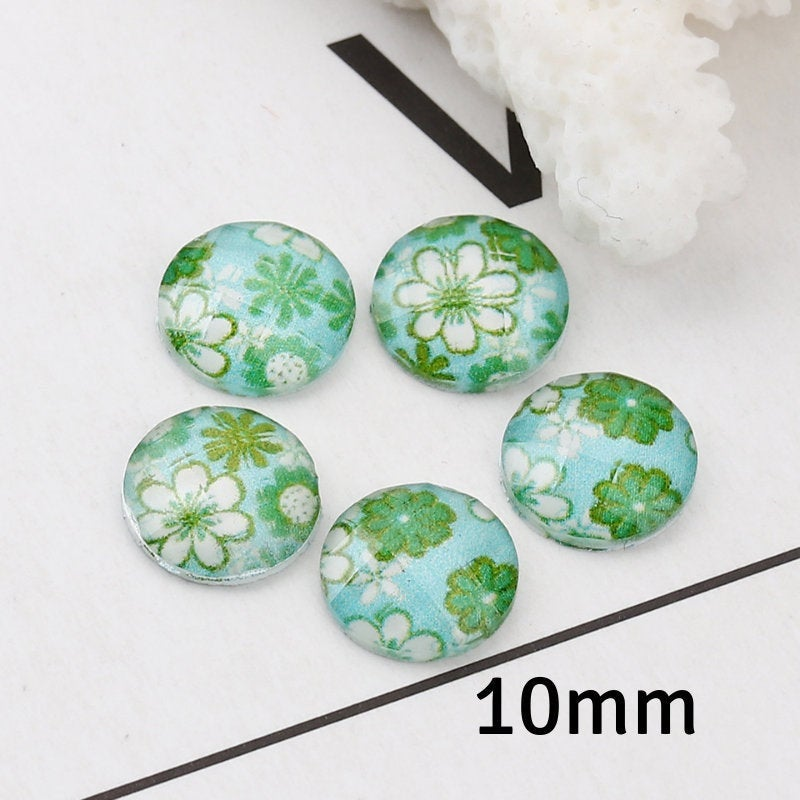 10mm flower cabochon - 10mm Faceted Cabochon - 10mm Green blue cabochon - Domed Flat Back cabochons - 10mm resin cabochon (2244)