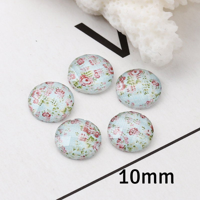 10mm flower cabochon - 10mm Faceted Cabochon - 10mm Green blue cabochon - Domed Flat Back cabochons - 10mm resin cabochon (2245)