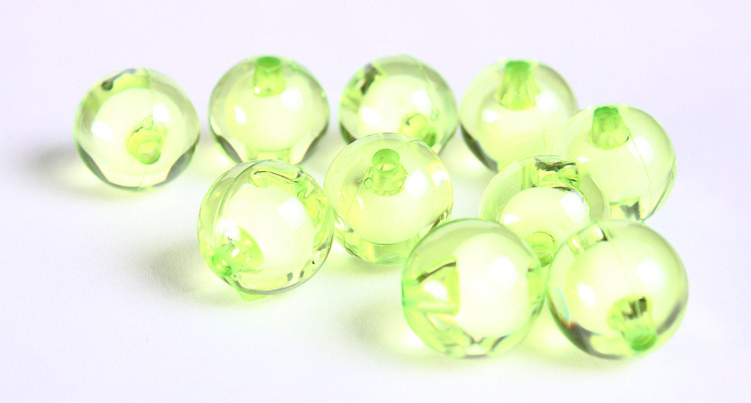 12mm Green miracle beads - bead in bead - round beads - Gumball Bead - Clear beads - Gum ball beads - 10 pieces (455)