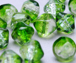 6mm to 8mm green and clear bicone beads - mixed color crackle beads - glass beads - 20 pieces (199)