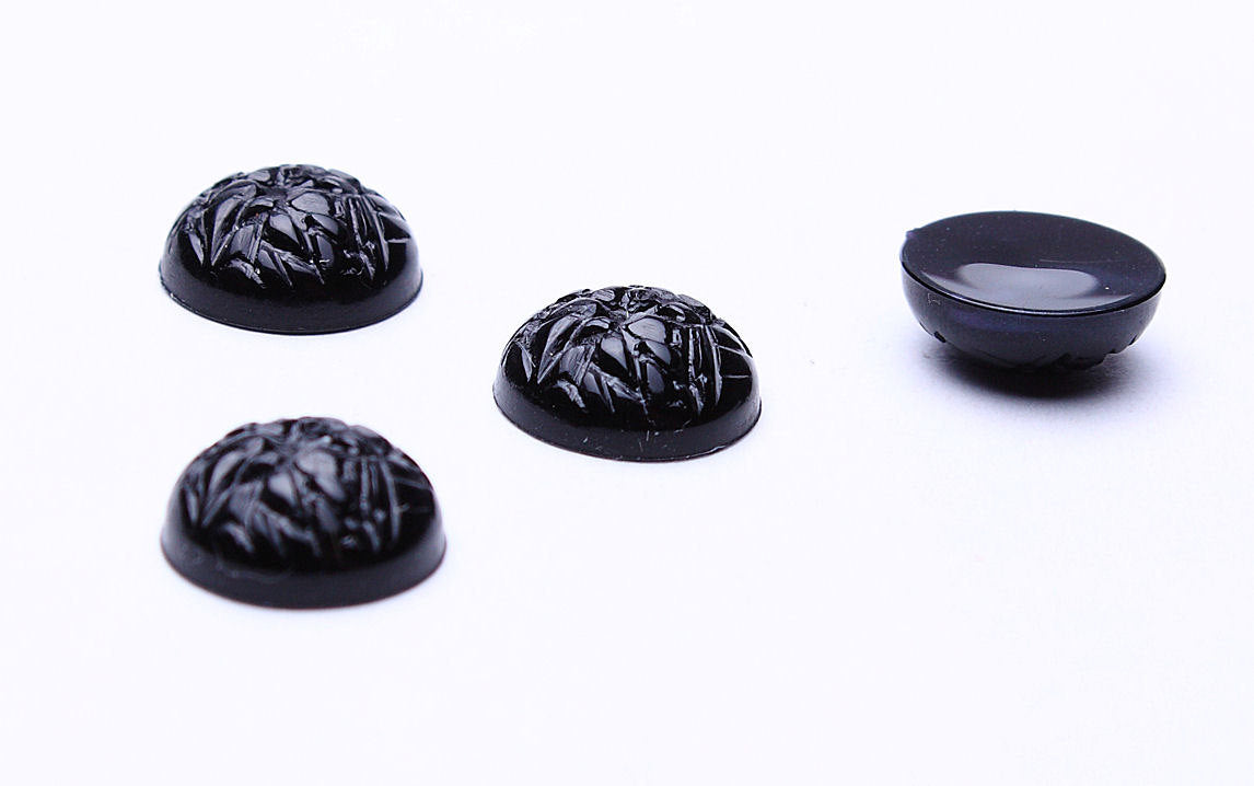 11mm black baroque cabochons - 11mm opaque cabochons - 11mm textured cabochons - 4 pieces (521)