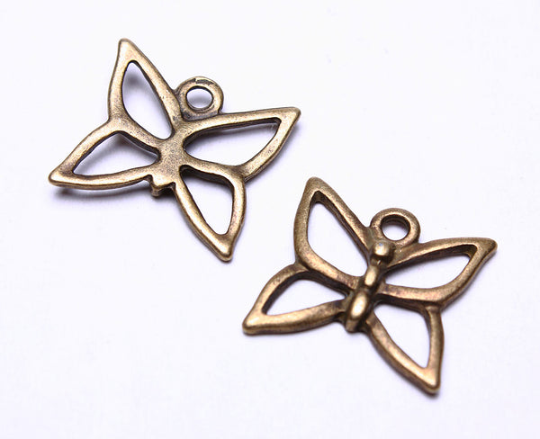 19mm Antique brass butterfly charm - Insect Charms - tibetan style pendant - Tibetan charm - 5 pieces (542-)