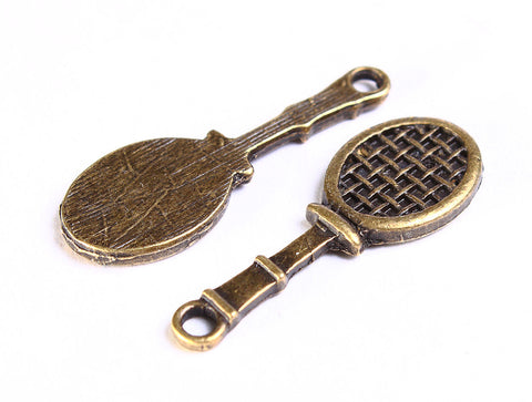 Tennis racket charm - Tennis pendant - antique brass tennis charms - 10 pieces (557)