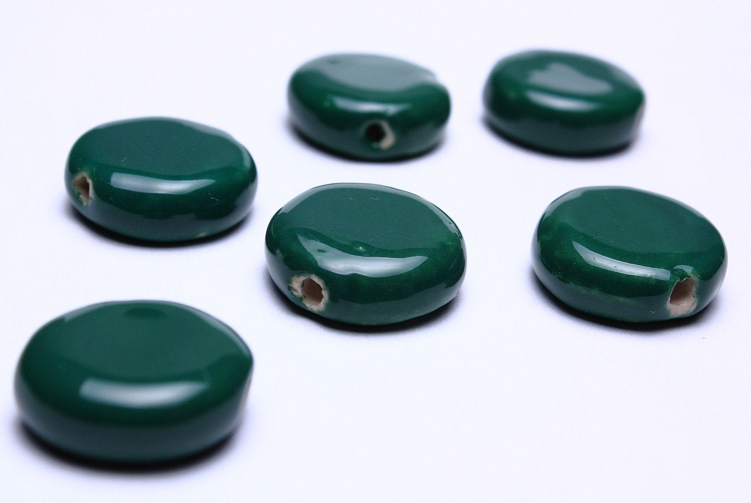 16mm green handmade beads - Green bright glazed porcelain beads - disk flat round beads - 6 pieces (568)