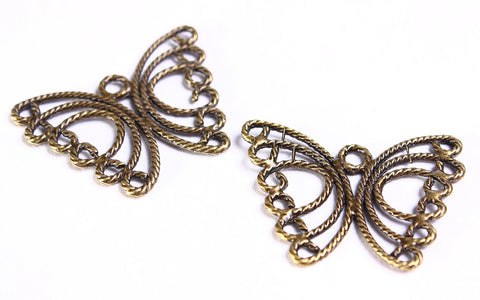 Butterfly charm - Butterfly pendants - antique brass pendants - 30mm x 23mm - 6 pieces (570)