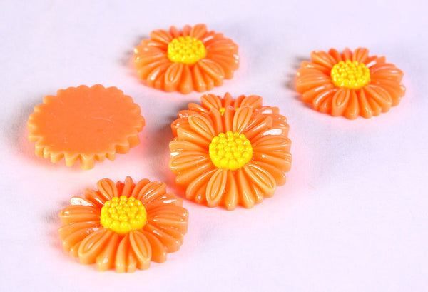 27mm orange flower cabochons - 27mm orange daisy cabochons - 6 pieces (626)