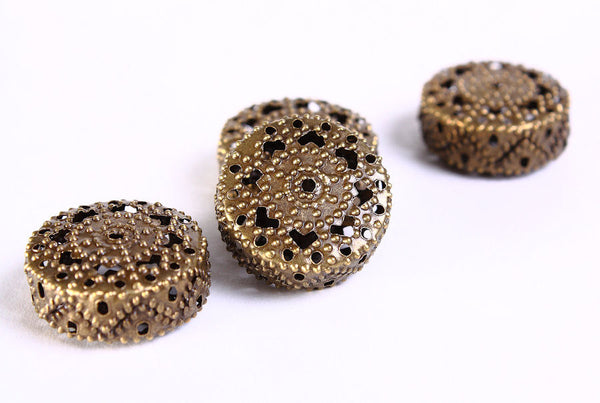 19mm filigree antique brass beads - 4 pieces (696)