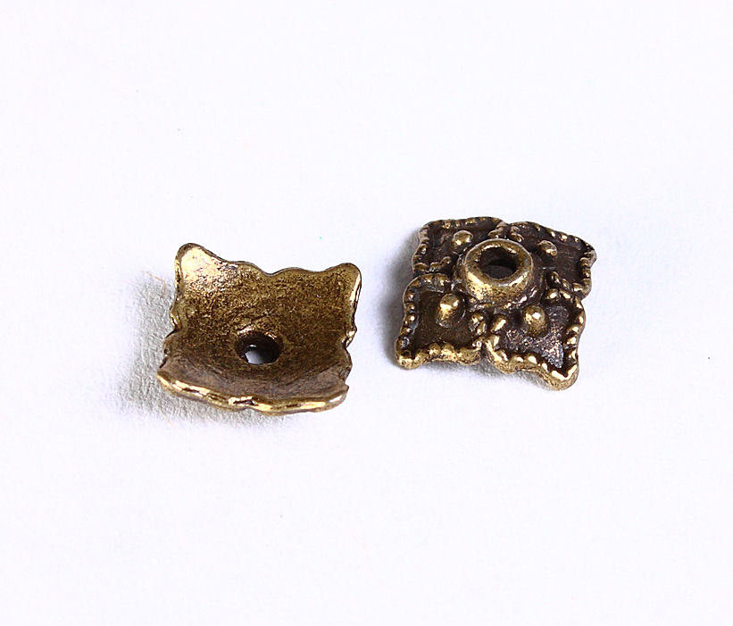 8mm antique bronze square bead caps - 8mm filigree beadcaps - Square beadcaps - Nickel free lead free - 12 pieces (851)