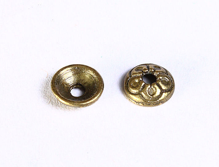 7mm antique brass round flower beadcaps - antique bronze bead caps - round bead caps - Nickel free - Lead free - 10 pieces (852---)