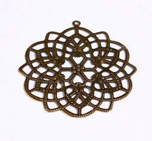 48mm x 44mm Antique brass large flower filigree pendants - antique brass round charm - 8 pieces (904)