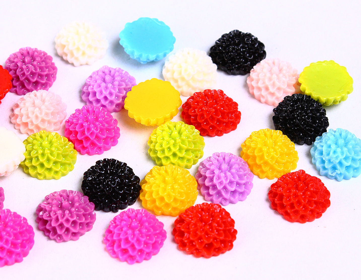 10mm mum cabochons - 10mm dahlia cabochons - 10mm flower cabochon - mixed color - 10 pieces (946---)