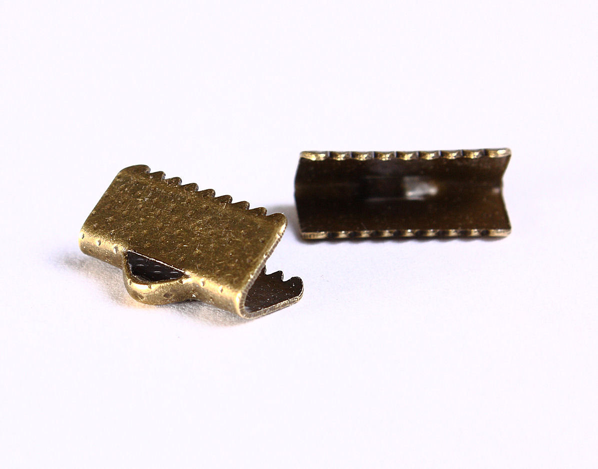 13mm x 8mm Ribbon end antique brass bronze - Ribbon crimp end clamp - Ribbon clip - Ribbon Crimp - 20 pieces (1044)