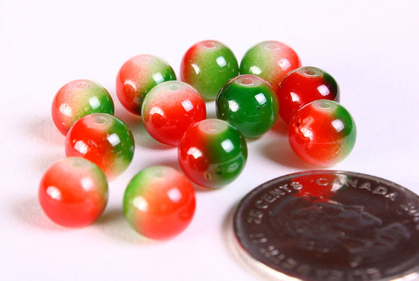 8mm Red and green beads - 8mm red green round glass beads - 12 pieces (1164)