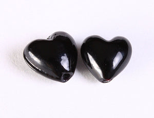 12mm black heart glass bead - 3D heart beads - opaque beads - 6 pieces (1200)