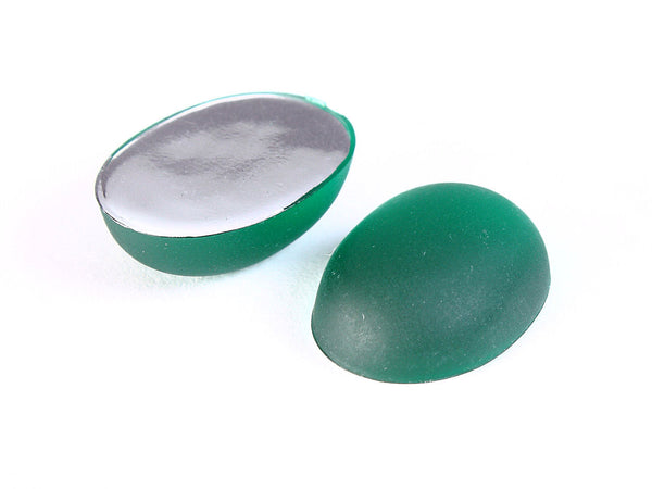 Green Matte cabochons - Green frosted finish oval cabochons with silver foil - 18mm x 13mm - 2 pieces (1229)