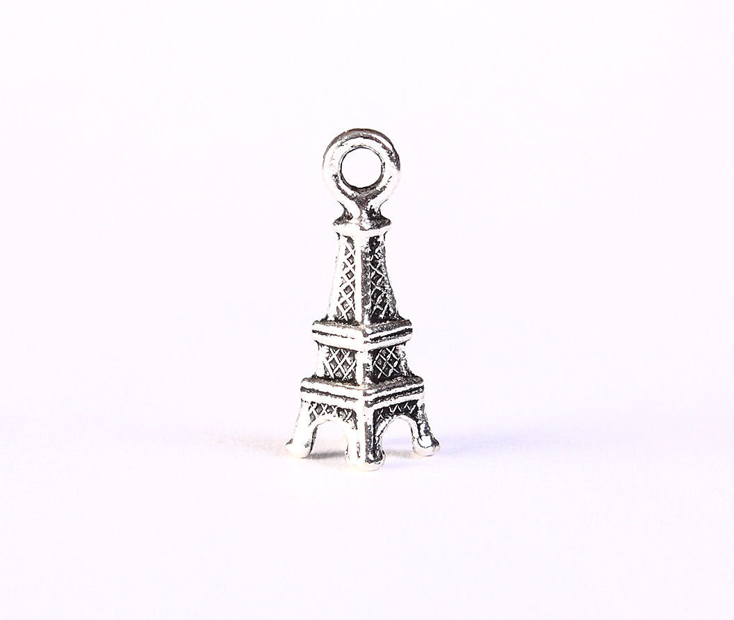 Antique silver Eiffel Tower charm - Paris charm - 3D pendant - Silver Charms - Tibetan Silver Tone - 17mm x 6mm - 5 pieces (1337)