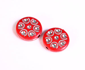 18mm red and silver flat round beads - 6 pieces (1363)