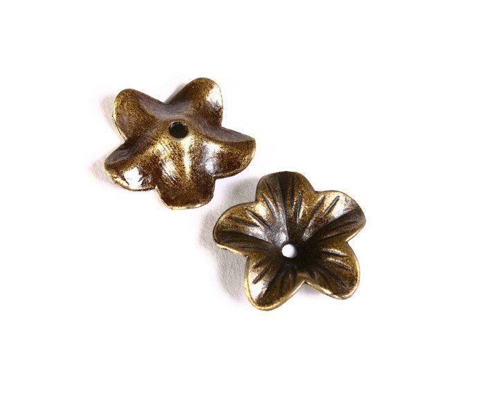 18mm antique brass flower beadcaps - Antique bronze bead caps - nickel free lead free - 6 pieces (1477)