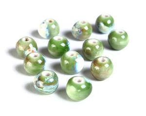 8mm Green porcelain beads - handmade glazed porcelain round beads - 6 pieces (1499)
