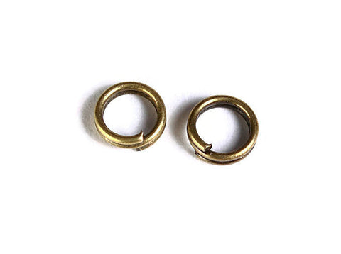 5mm Petite antique brass double loop jumpring - round jumpring - double loop jump ring - 50 pieces (1501)
