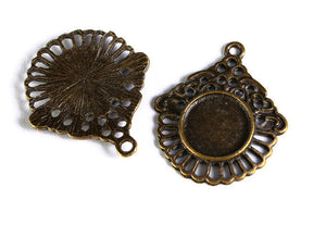 12mm tray Pendant cabochon settings antique brass findings - lead free - nickel free - 4 pieces (1580)