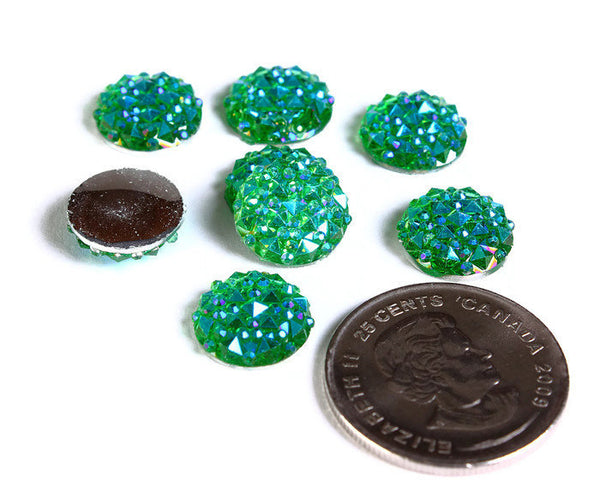 12mm Green AB round resin cabochon - Faux druzy cabochon - Faux drusy cabochon - Textured cabochons - 8 pieces (1678)