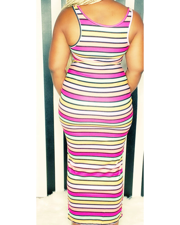 Queenin Maxi Dress