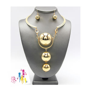 Metal Choker Pendant Necklace Set