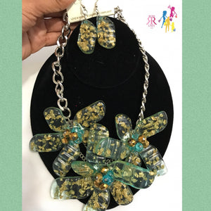 Gold Flake Flower Necklace Set
