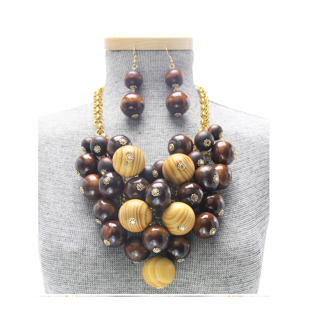 Wood Beaded Bib Necklace Set