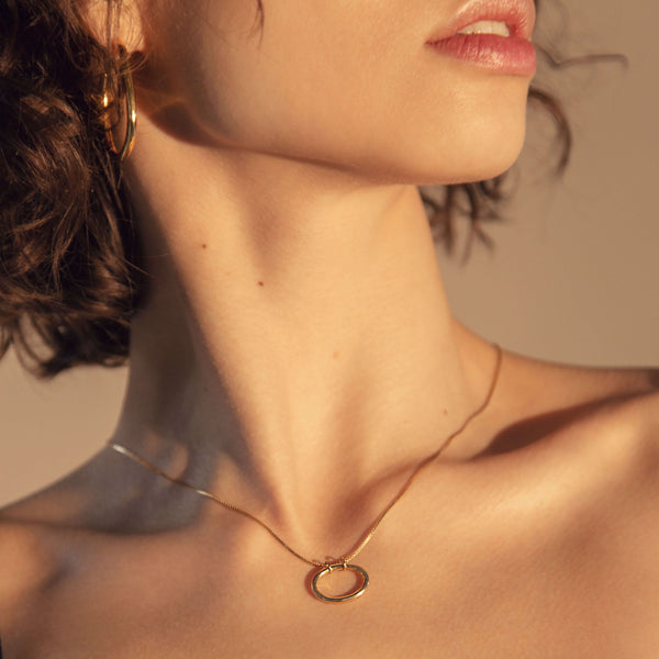 Oval Necklace (Pre-order)