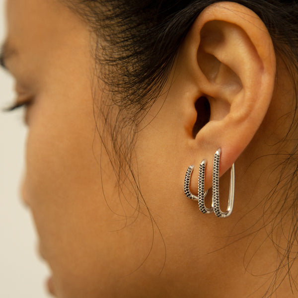 Alex Eagle X Otiumberg Small Silver with Black Onyx Earring