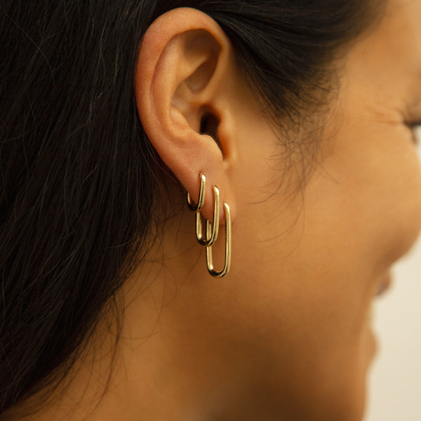 Alex Eagle X Otiumberg Medium Gold Earring