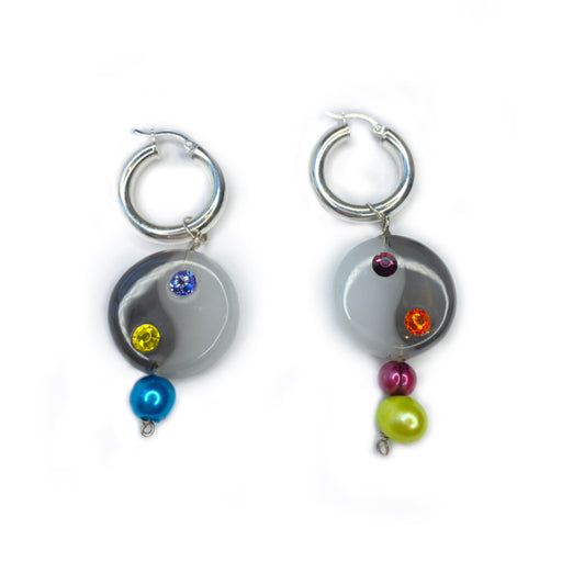 EL YIN DE TU YANG WITH PEARL HOOP EARRINGS