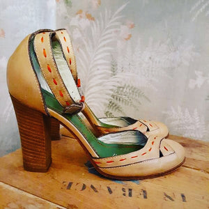 Vintage stacked heel made in italy