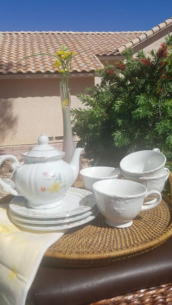 Vintage Tea Pot & Cups Set 8Pcs (Please Read) - Home Decor