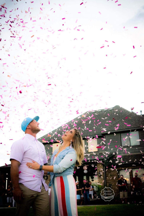 It's a girl! Family and Friends surprised their loved ones by using our pink gender reveal confetti cannons
