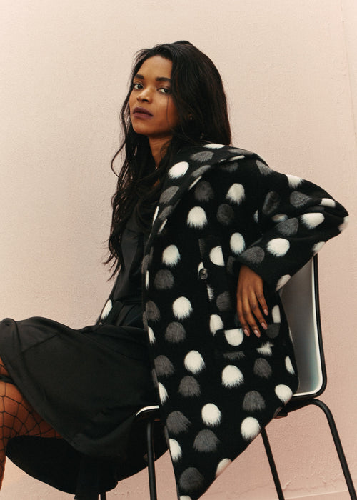 Eva coat - Black PomPom