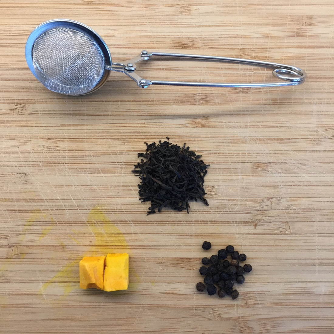 Turmeric + Black Pepper Tea