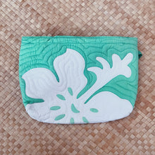 TIARE HAWAII QUILTED CLUTCH  - bright teal